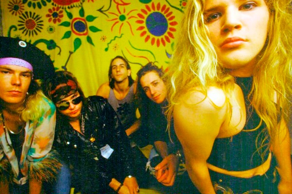 Mother Love Bone – Shine Ep (1989)
