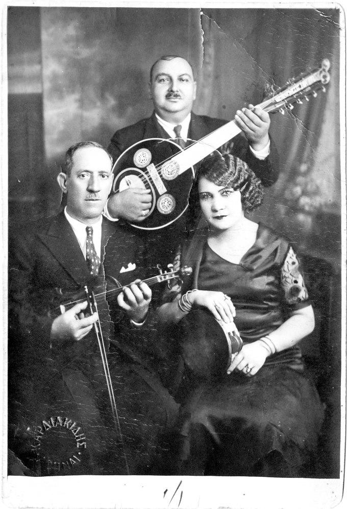 Rebétiko Trio, 1930